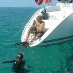 Azuria snorkling